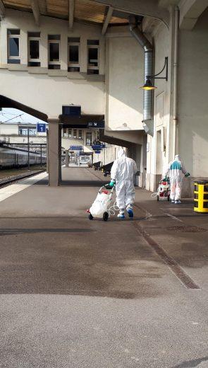 TGV médicalisé au départ de Mulhouse : Les équipes d'Onet Propreté et Services mobilisées pour la désinfection des quais et zones de contact