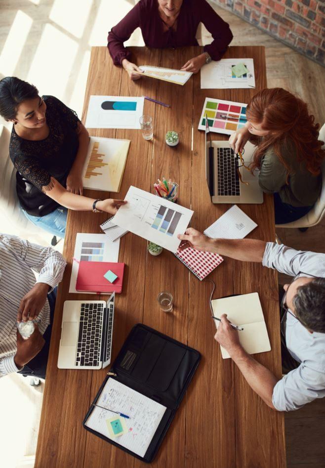 Onet Propreté et Services - Collaborateurs en train de co-créer