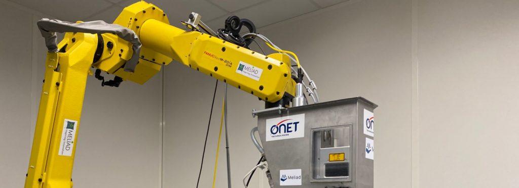 Développement et qualification d'un banc de traitement LASER et d'une unité mobile pour la décontamination en exploitation nucléaire